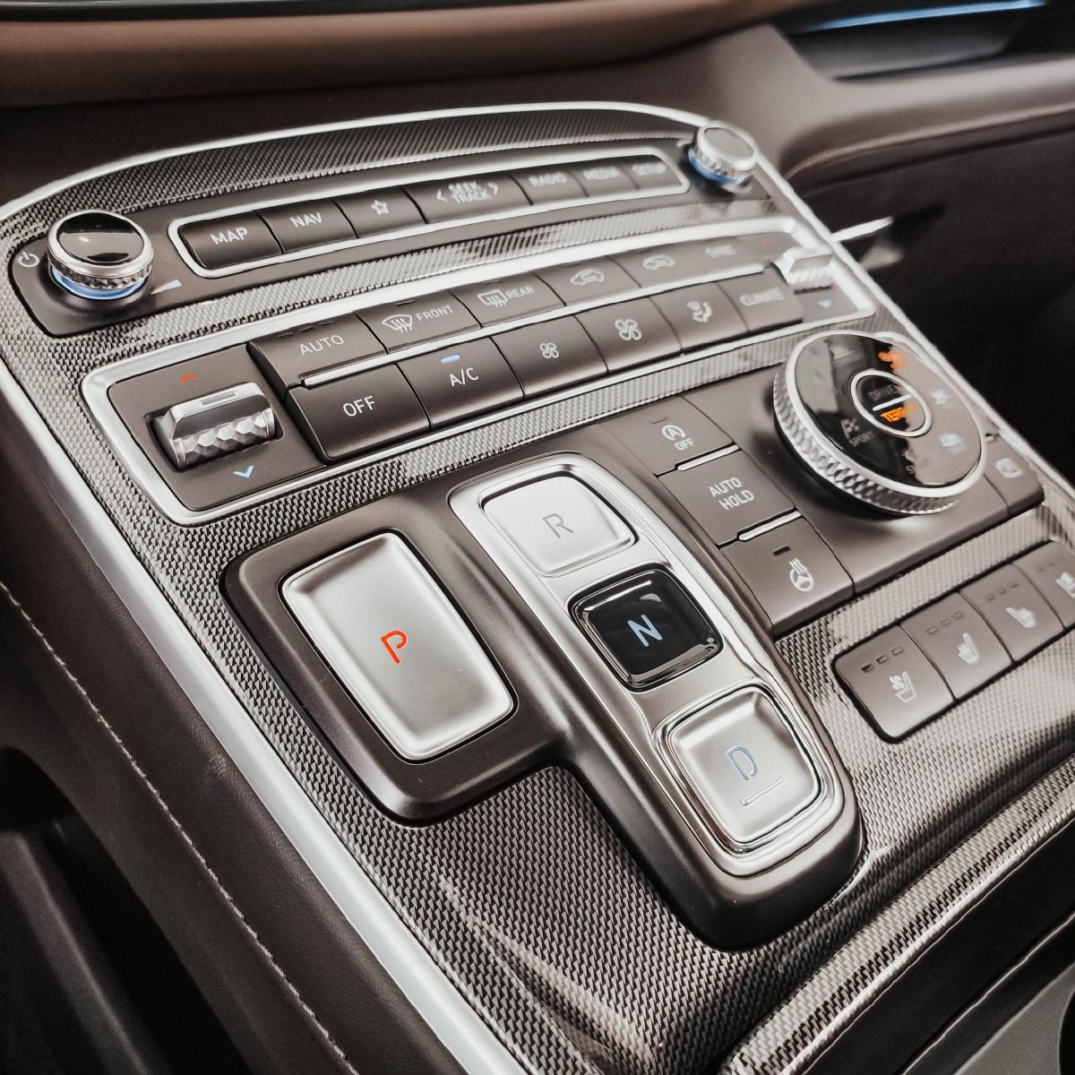 Якби комфорт і розкіш можна було б описати - це був би Hyundai Santa Fe!   Хюндай Мотор Україна - фото 7