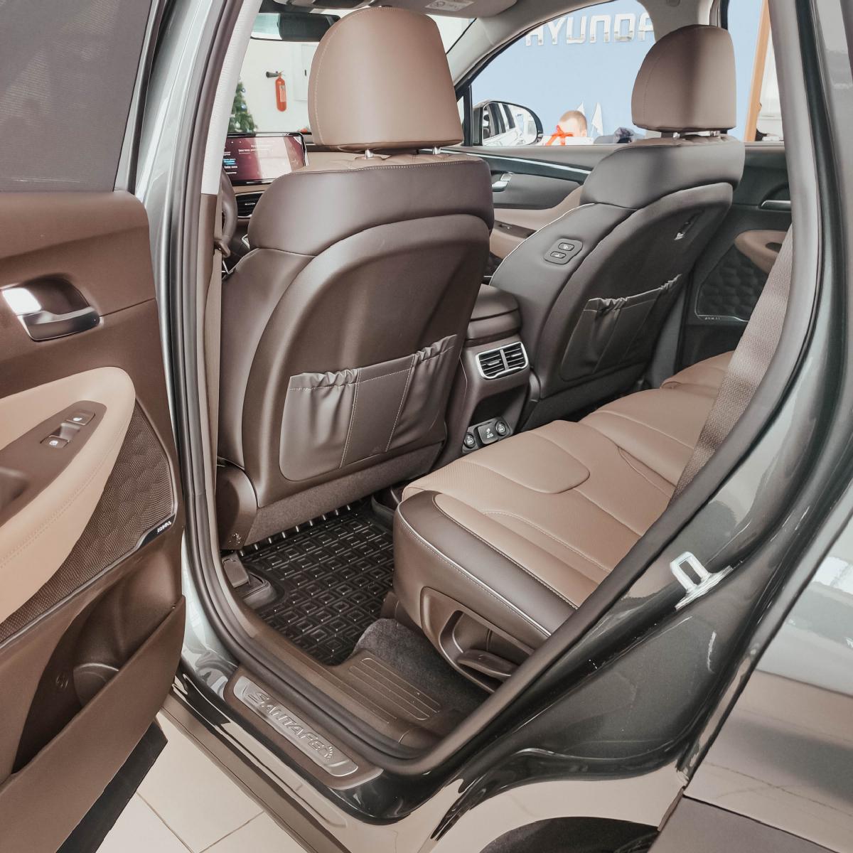 Якби комфорт і розкіш можна було б описати - це був би Hyundai Santa Fe!   Хюндай Мотор Україна - фото 12
